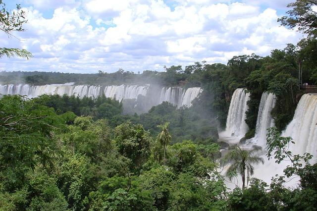 Petrópolis attire un tourisme écologique et rural